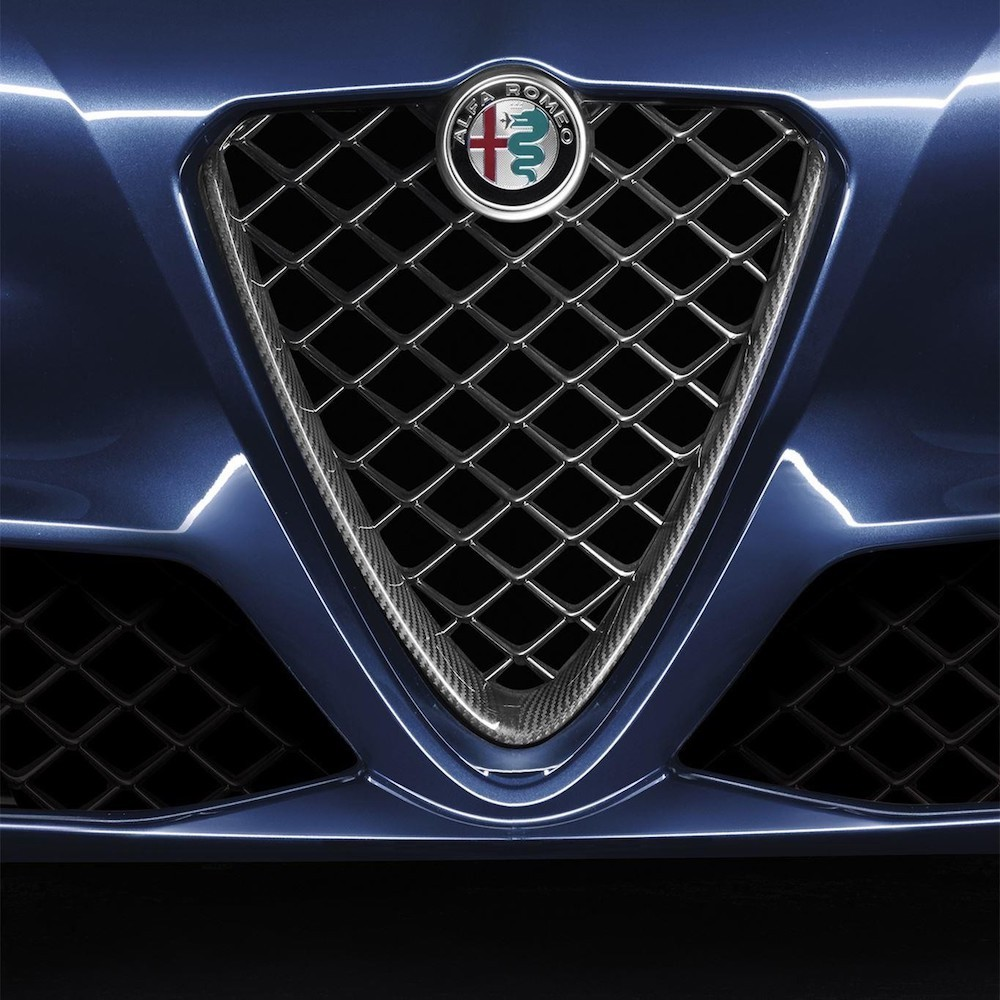 Gazzella Racing Limited > Body Styling > Alfa Romeo Carbon